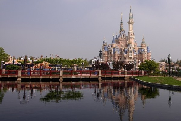Located at the heart of Shanghai Disneyland, Enchanted Storybook Castle shines as the park's landmark. The tallest, largest and most interactive castle in any Disney park, it offers immersive attractions, an elegant table-service restaurant, a Bibbidi Bobbidi Boutique salon for children and spectacular entertainment -both day and night. (Todd Anderson, photographer)