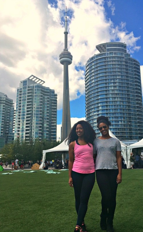 things-i-did-in-downtown-toronto-ontario-sisters-visiting-toronto-at-canada-park-toronto-waterfront
