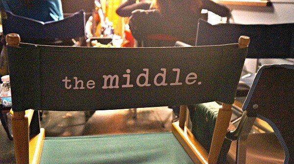 abcs-the-middle-set-visit-the-middle-directors-chair