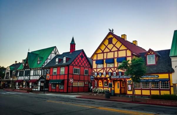 Visit Solvang, California - colorful buildings.jpg