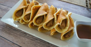 Turkey sausage pancake roll ups, the perfect easy Easter brunch recipe!