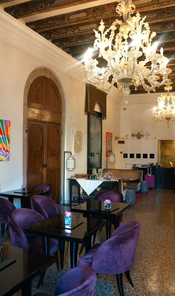 Where to stay in Venice Italy, Art deco lobby at Ca Gottardi Hotel
