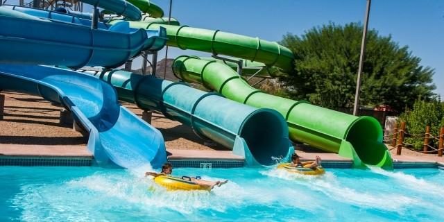 Phoenix Flyers at Wet N Wild waterpark in Phoenix, AZ