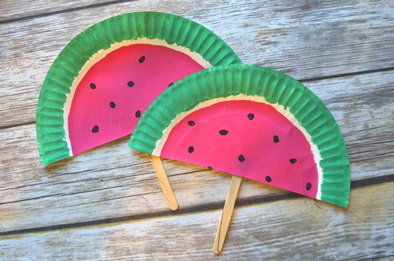 Watermelon paper plate fans what a fun summer DIY paper fan craft