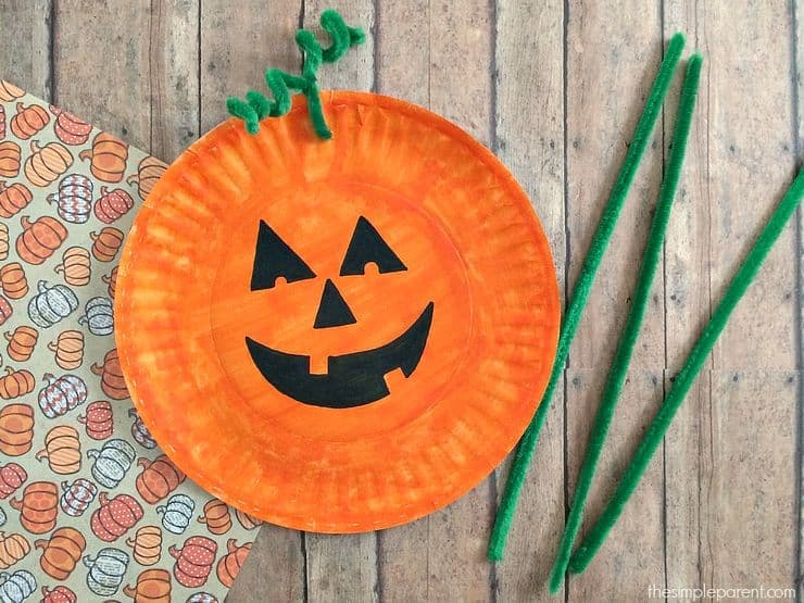 Easy Paper Plate Pumpkin Craft, The Simple Parent