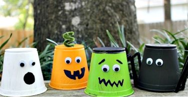 Monster cups Halloween crafts, The Simple Parent