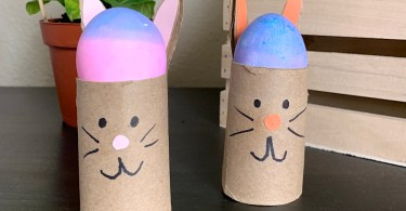 Cute Easter bunny toilet roll craft