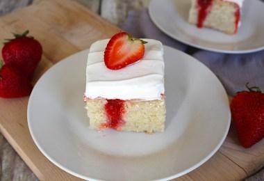 Easy Strawberries and cream poke cake recipe