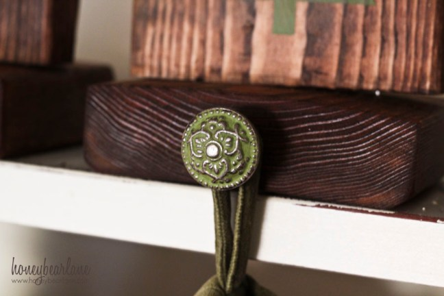 knob for stocking holder