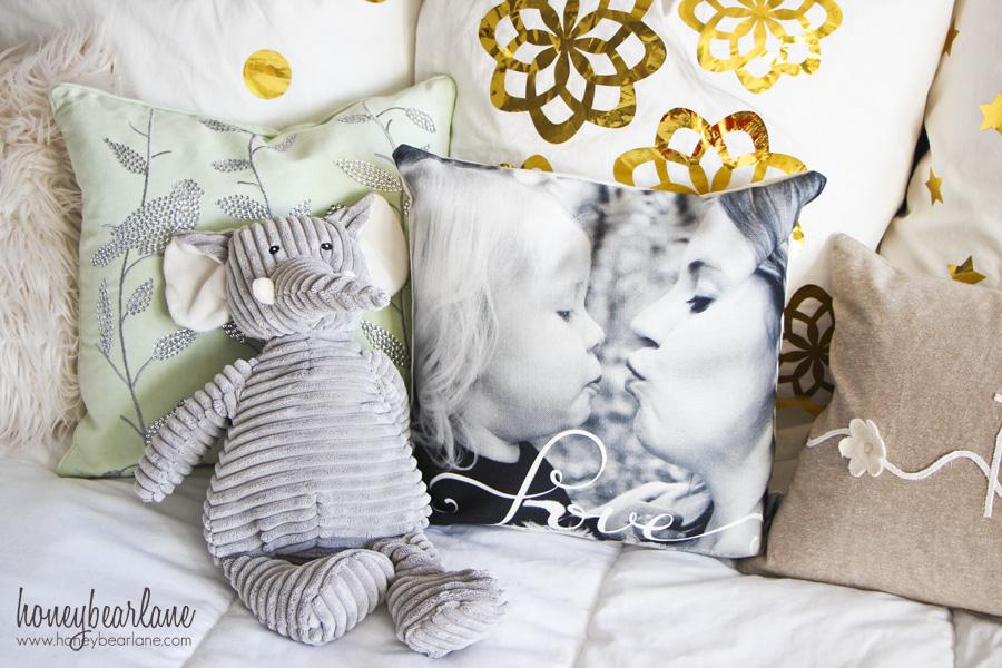 love photo pillow