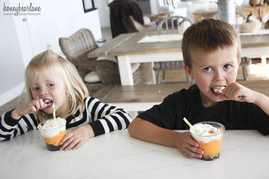 eating pumpkin puddin