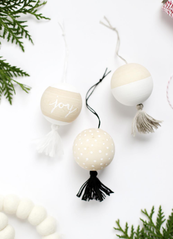 25 Fabulous  Easy DIY Ornaments  HoneyBear Lane
