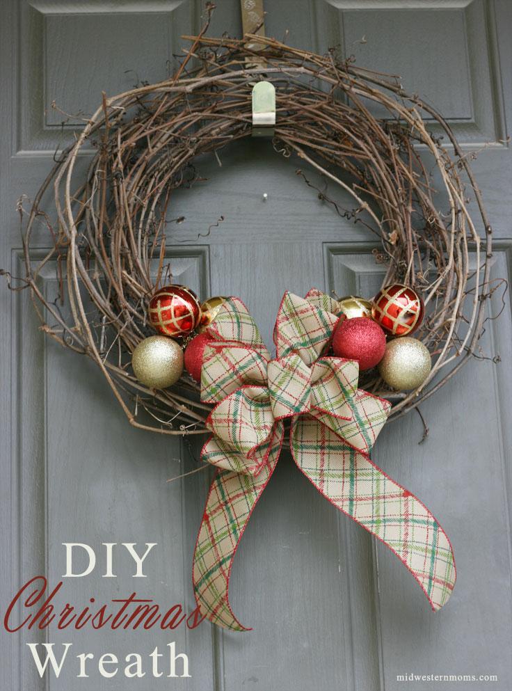 20 Of The Best Holiday Wreaths  Honeybear Lane