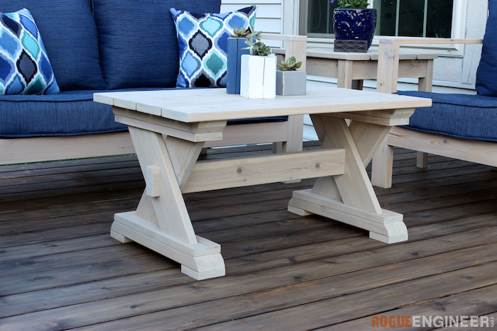 small-diy-outdoor-coffee-table-plans-rogue-engineer-1-1