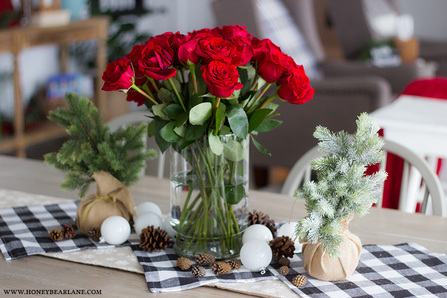 dining-table-closeup