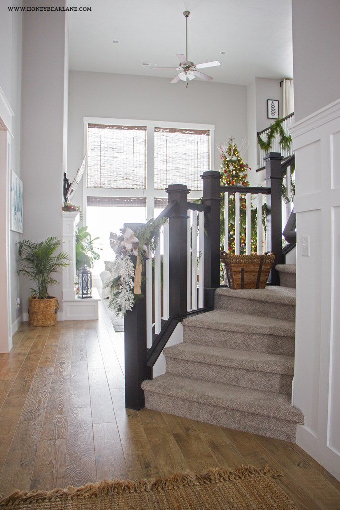 entry-and-stairs