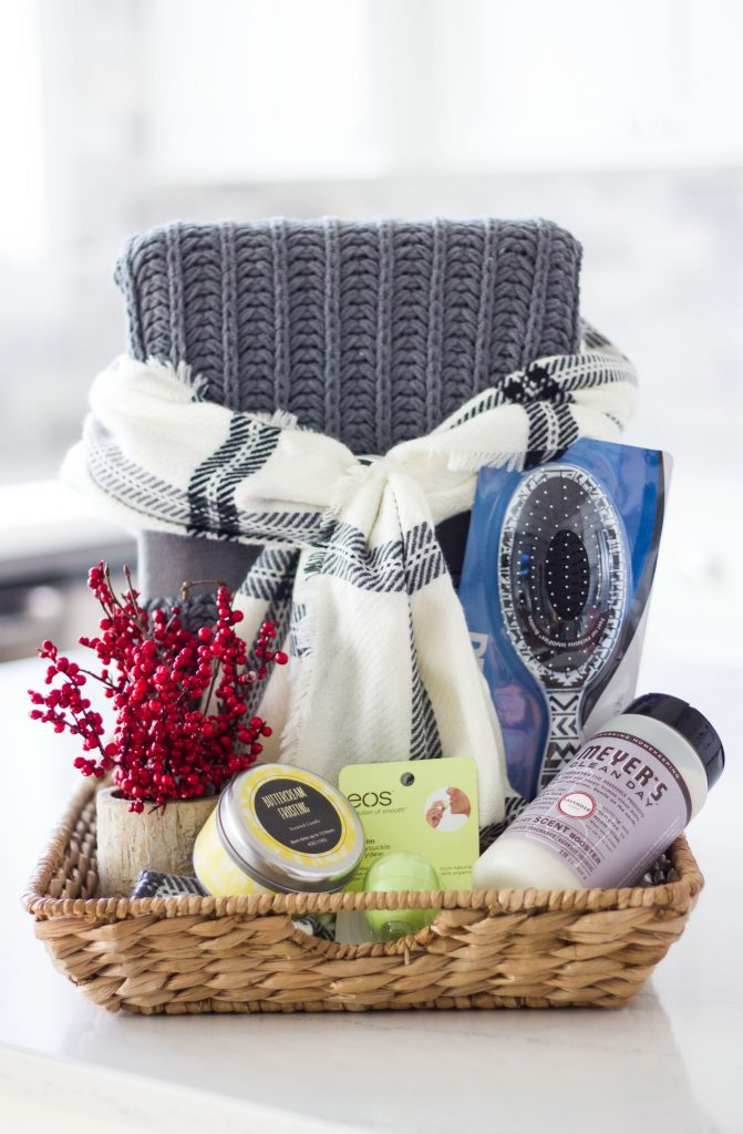 favorite-things-gift-basket-farmhouse-edition