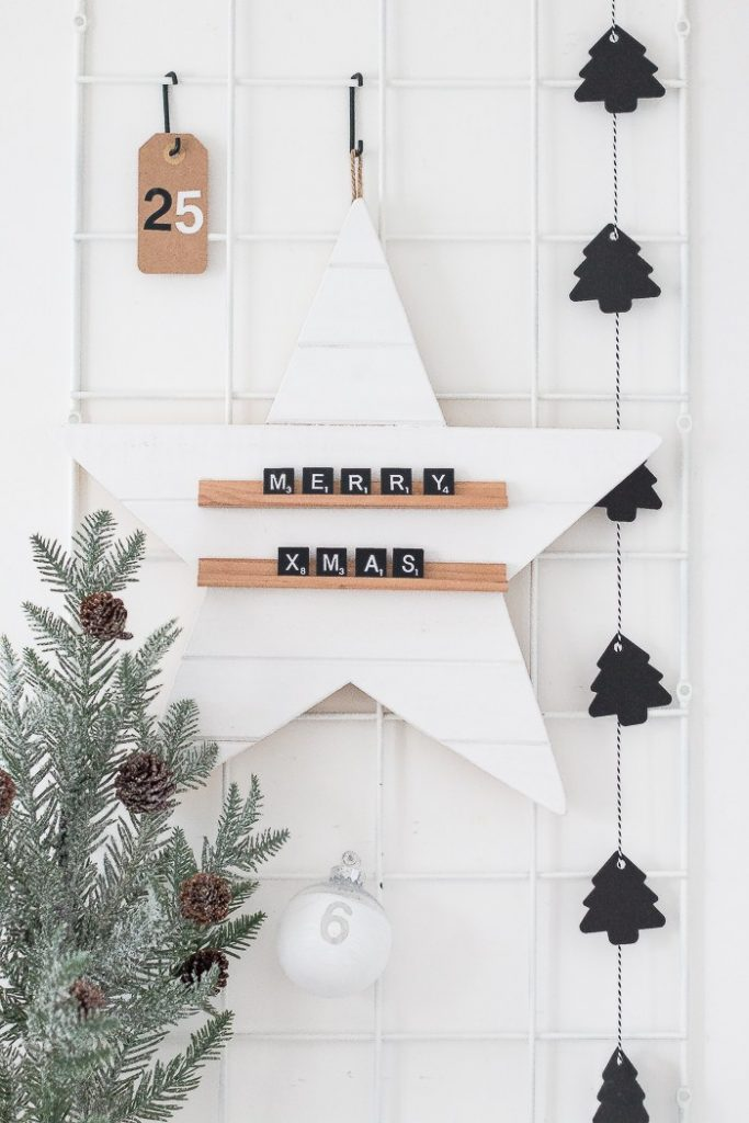 Christmas Girl Wallpaper 25 Farmhouse Style Christmas Decor Ideas Honeybear Lane