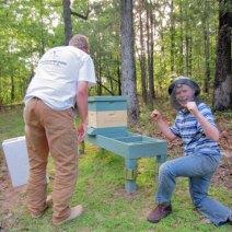 NUC e ape compagno appena installato da Kerry Britt.