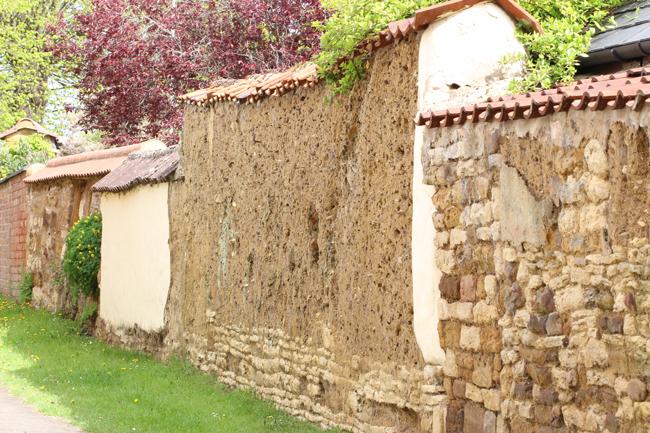 Cob-wall-Christopher-Wren