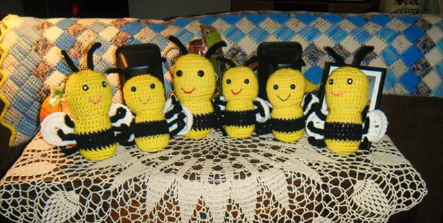 Jane 's hive of knitted bees. © Gill Jacobson