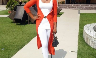 Actress Lizzy Gold Steps Out On Low Hair Cut