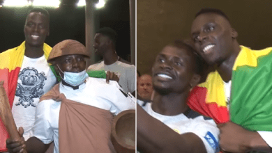 Photo of Chelsea goalkeeper Edouard Mendy gets amazing reception from Senegal squad as he reports for training