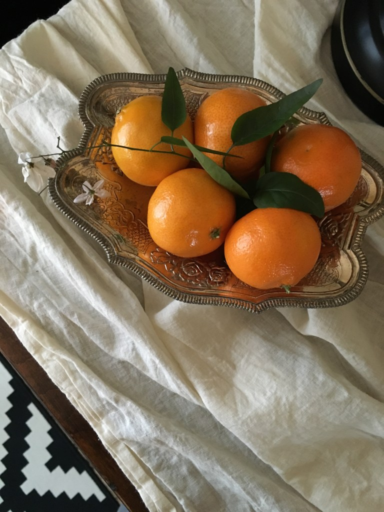 citrus-winter-tablescape