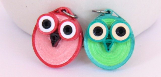 how to make an owl pendant with this paper quilling tutorial
