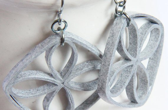 Making Paper Quilled Jewelry – Tip #3 – Thickness