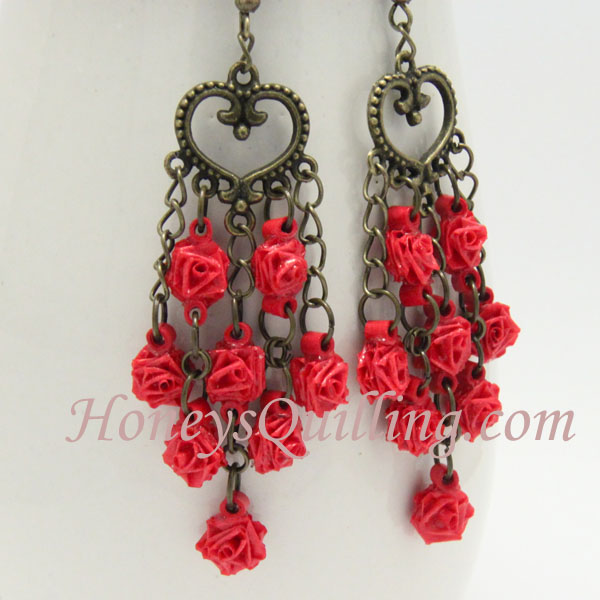 Tiny paper rose earrings free paper quilling tutorial honeys how to make tiny paper quilled rose earrings free tutorial from honeys quilling mightylinksfo