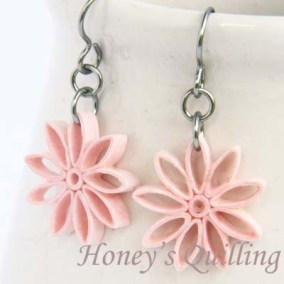nine pointed star earrings - light pink