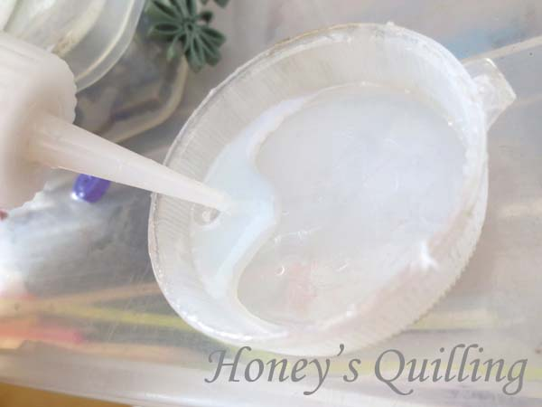 Adding water to sealant for a smoother finish - Honey's Quilling