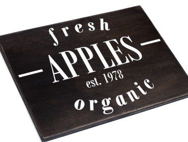 fresh apples wooden signs