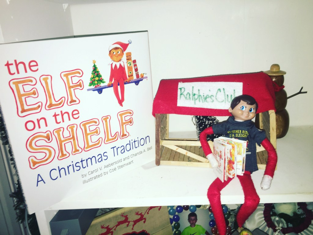 Elf on the Shelf 29 ideas, creative, unique, awesome, EOTS