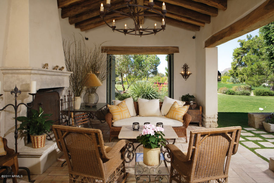 25 Best Ideas About Colonial Style Homes On Pinterest Spanish