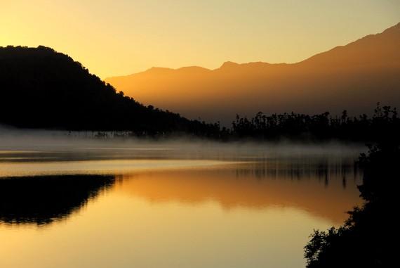 Lake Wahapo sunrise, New Zealand