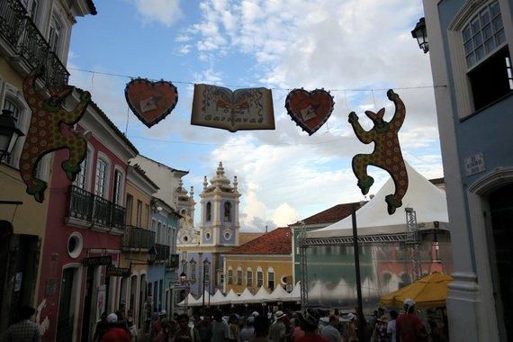 Salavador carnival travel