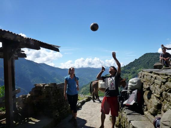 ways to meet locals in nepal