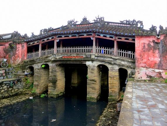 Hoi An Bridge for Travelers from Afar