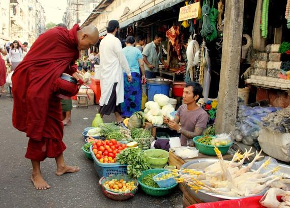Monk in Theingyi Zei market