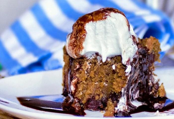 Pumpkin Chocolate Chip Pizookie Pie