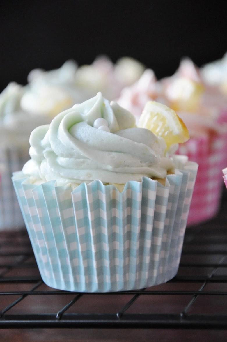 Lemon Cupcakes with Lemon Buttercream