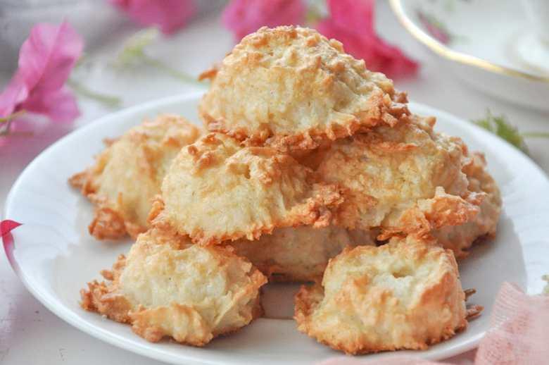 Rose Coconut Macaroons (gluten-free)