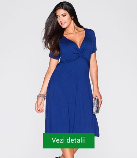 Rochie albastra pentru plinute