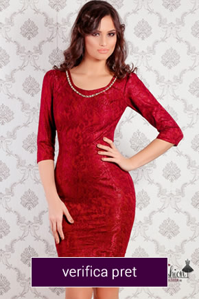 rochie rosie din dantela