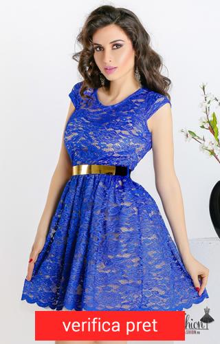 rochie albastra din dantela cu curea