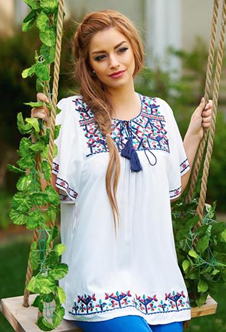 Bluza tip ie traditionala colorata cu albastru si rosu