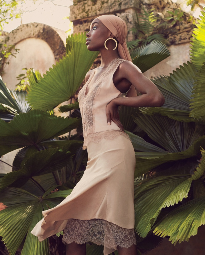 Bola Edun for Bal Harbour Magazine Spring 2019. Photographed by Andrew Yee.