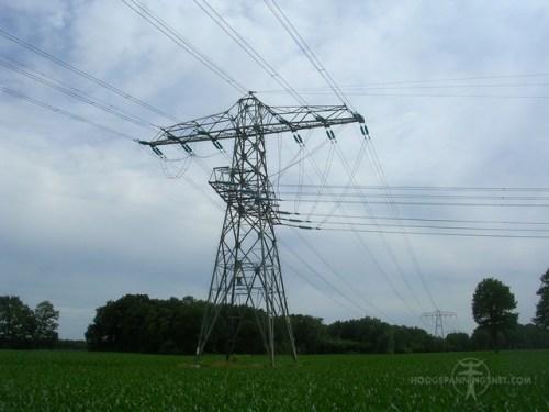 splitsingsmast en onderdoorgeleiding
